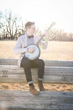 Senior Pictures with a banjo - hard to pose teenage guys, more fun to let them be themselves #kansascityphotographer #cincinnatiphotographer #seniorphotos // MW Photo