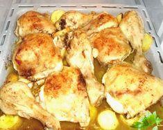 pollo al horno encebollado con patatas Deli Food, Flan, Paella, Chevron, Recipies, Pizza, Chicken, Videos, Salads
