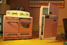 Pretty Maid Tin Stove and A Wizard Just Like Moms Refrigertor | eBay
