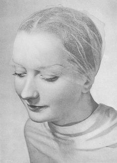 1938 by dovima_is_devine_II, via Flickr