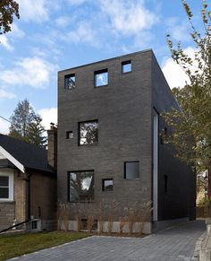 House by Atelier rzlbd.
