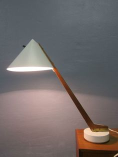 MID CENTURY TEAK TABLE LAMP HANS AGNE JAKOBSSEN made in SWEDEN 50s/60s