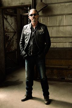 Sons of Anarchy, SAMCRO, SOA, bikers, brothers, family, great tv, Chibs, powerful face, intense eyes, portrait, photo