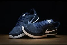 buy popular ecb84 c82e0 In Vendita Scarpa Nike Air Max Sequent Dark Blu Bianco Running Uomo