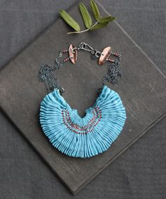 blog: smocked necklaces by tinctory