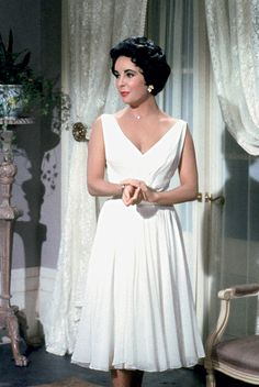 Elizabeth Taylor In Cat On A Hot Tin Roof.  Photo:  The Neal Peters Collection