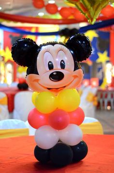 Centerepice of mickeymouse 2nd Birthday, Minions, Mickey Mouse, Disney Characters, Second Anniversary, Minions Love, Minion, Minion Stuff
