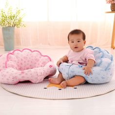 Baby Sit Up Chair Training Seat Removable Plush Cushion Portable Soft Kids Stool. Baby Sit Up Chai Baby Sofa, Baby Chair, Baby Pillows, Chair Pillow, Plush Pillow, Kids Stool, Balkon Design, Baby Learning, Cushions On Sofa