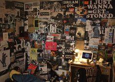 Kendall in Dark Arts Collective Punk Rock Bedroom installation Punk Rock Room, Punk Room, Rock Bedroom, Room Ideas Bedroom, Bedroom Themes, Bedroom Inspo, Grunge Decor, Interior Room Decoration, Interior Design