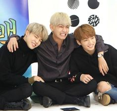 Jimin, V, Jungkook Jungkook Jimin, Bts Taehyung, Bts Bangtan Boy, K Pop, Bts Photo, Foto Bts, Jikook, Bts Maknae Line, Album Bts