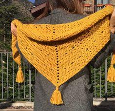 ¿Te atreves a tejer un jersey en punto arroz? | SANTA PAZIENZIA Crochet Shawls And Wraps, Knitted Shawls, Crochet Scarves, Crochet Clothes, Crochet Santa, Love Crochet, Beautiful Crochet, Knit Crochet, Shawl Patterns