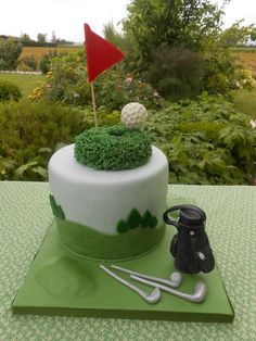Golf - by oriettabasso @ CakesDecor.com - Inspiration on Places & Co. …