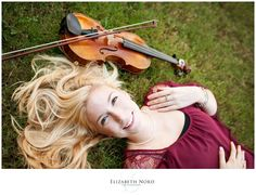 www.elizabethnord.com, Elizabeth Nord Photography, senior girl, country, willow tree, violin, horse, field, pond