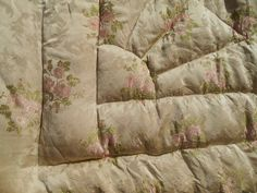 Antique French Brocade Bedspread Beige Roses Silk Mid-Century Coverlet Comforter #sophieladydeparis