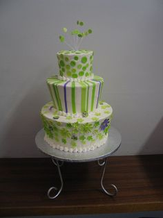 Lime green three tiers wedding cake