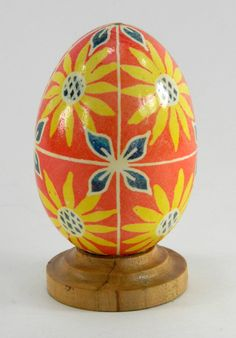 Polish Pysanky Egg Hand Painted Decorated Vintage Easter Blown Out Chicken Egg 20716 by JacksonsMarket on Etsy