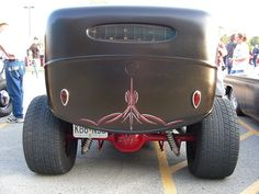 pinstriping Ford hot rod