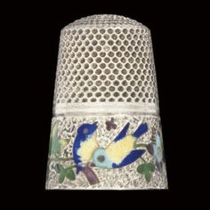 An English silver and enamel thimble late 19 century