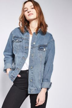 ORMELL Women Denim Jacket Loose Casual Female Autumn Outwear Turn Down Collar Blue Black Ladies Button Jeans Coat Long Sleeve. Outfit Jeans, Oversized Denim Jacket, Chill Outfits, Boyfriend Style, Spring Jackets, Jeans Style, Jackets For Women, Women's Jackets, Autumn