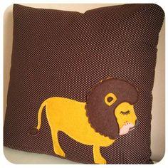 dozing lion pillow decor