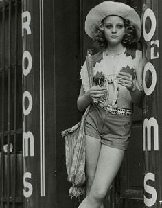 """Original promotional film still photograph of Jodie Foster from her early film role in Martin Scorsese's """"Taxi Driver"""" (1976)"""