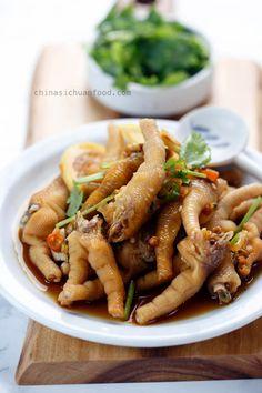 Super easy and yummy chicken feet salad Chicken Menu, Asian Chicken Recipes, Asian Recipes, Glazed Chicken, Asian Foods, Braai Recipes, Beef Steak Recipes, Appetizer Recipes, Appetizers