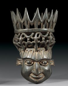 HELMET MASK Cameroon Bamileke. H 80 cm. Provenance: Old German private collection.
