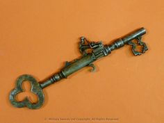 A flintlock key pistol