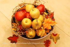 Seriously, how cute is this?!  A great way to use apples in your fall centerpieces! :)