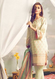 Alkaram Spring Season Printed Lawn Collection are 3 piece lawn fabric shalwar kameez dresses for daily routine wearing see all the dress types from gallery. Beautiful Pakistani Dresses, Pakistani Dresses Casual, Pakistani Dress Design, Simple Kurti Designs, Stylish Dress Designs, Kurta Designs, Pakistani Fashion Party Wear, Pakistani Bridal Wear, Indian Fashion