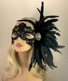Schwarze Spitze Maskerade Maske mit Federn Maskenball Damenspitze Maske Hochzeit… Black lace masquerade mask with feathers masquerade ball lace mask wedding masquerade masks bridal wedding mask # nailsaddict # # Masquerade Party Outfit, Lace Masquerade Masks, Masquerade Wedding, Venetian Masquerade, Masquerade Makeup, Mascarade Party Decorations, Couples Masquerade Masks, Masquerade Costumes, Venetian Masks