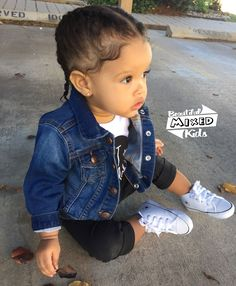 Love her outfit Cute Little Baby, Cute Baby Girl, Cute Babies, Baby Girl Fashion, Toddler Fashion, Kids Fashion, Beautiful Children, Beautiful Babies, African American Babies