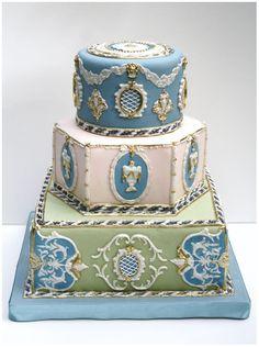 Bobette & Belle: Neo-classical cake.