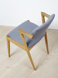 Paere Dansk - K Kristiansen 1957 Carver in Oak.  Use as desk chair.