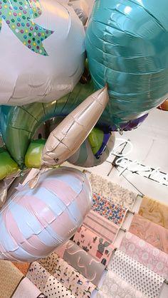 Vapun suloisimmat pallot ovat saapuneet kaupallemme! Hinnat vaihtelevat pallon koosta riippuen 8-18€ välillä. / The cutest 1st of May helium balloons have arrived at Papershop! The prices vary between 8-18€, depending on the size of the balloon. Helium Balloons, May 1, The Balloon, Paper, Cute, Kawaii