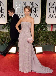 Jessica Alba Gucci Dress Pictures at Golden Globes 2012
