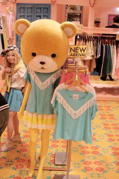 tokyo Teddy bear mannequins. Love it.