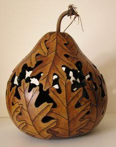 Decorative Gourds, Hand Painted Gourds, Sculpture Art, Sculptures, Image Blog, Creation Deco, Art Carved, Gourd Art, Nature Crafts