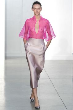 Barbara Casasola Spring 2014 Ready-to-Wear Fashion Show Fall Fashion 2016, Fashion Show, Autumn Fashion, Womens Fashion, Fashion Design, London Fashion Weeks, Fashion Oops, Barbara Casasola, Organza