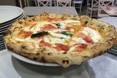 Milano. Le foto delle pizze e della pizzeria di Gino Sorbillo al Duomo