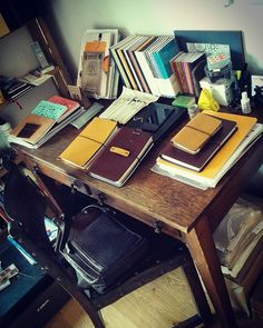 We've got a lot of things planned here at Start Bay. Don't look under the desk - I try not too. #travelersnotebook #traveljournal #journal #planner #leatherjournal #leathernotebook #notebook #bulletjournal #artjournal #edc #stationery #fountainpen #startbaynotebooks