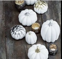 White decoration pumpkins with gold and silver details. The perfect modern and elegant Halloween decor. Modern Halloween Decor, Halloween Decorations, White Pumpkins, Painted Pumpkins, Home Decor Online, Home Decor Store, Halloween Clay, Black Pumpkin, Autumn Wreaths