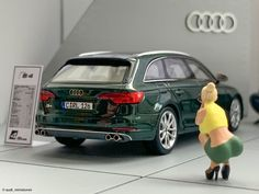 "Audi Miniaturemodelle's Instagram photo: ""2016 Audi S4 Avant B9 Typ (F4) Dunkelgrün (Spark)  @amforma  @sparkgermany  @sparkracingmodels  @audi @audiofficial  @audirussia @audi_de…"""