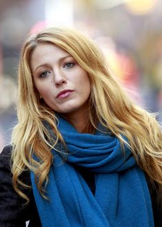 More Pics of Blake Lively Long Wavy Cut