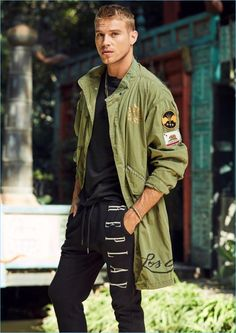 ca2088a2bb05 Matthew Noszka Embraces Cool Spring Style in Replay Jeans