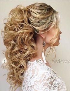 Wedding Hairstyles For Long Hair high-curly-ponytail-wedding-hair - Popular Ladies Bridesmaid Ponytail, Wedding Bridesmaids, Bridesmaid Makeup, High Curly Ponytail, Hair Ponytail, High Ponytails, Braided Ponytail, Wedding Ponytail Hairstyles, Bridesmaids Hairstyles
