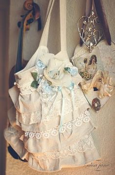 simple tote. lace embellished ruffle easy to do. dress up or down