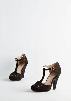 ModCloth Vintage Inspired Dynamic Debut Heel in Noir