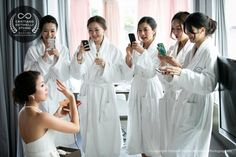 bride and bridesmaids pictures