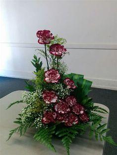 Tropical Flower Arrangements, Church Flower Arrangements, Tropical Flowers, Altar Flowers, Fake Flowers, Deco Floral, Arte Floral, Diy Arts And Crafts, Flower Bouquet Wedding